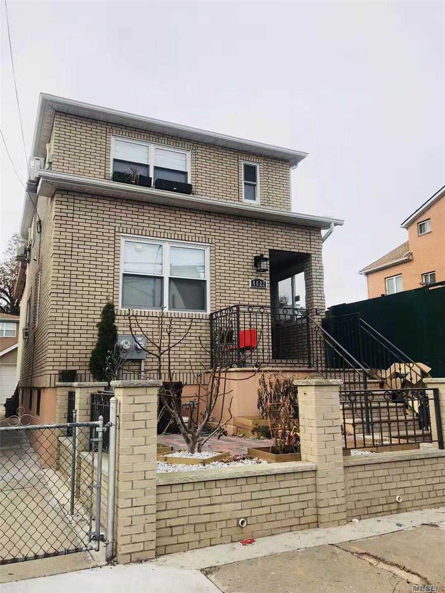 Photo of home for sale at 46-22 Burling St, Flushing NY