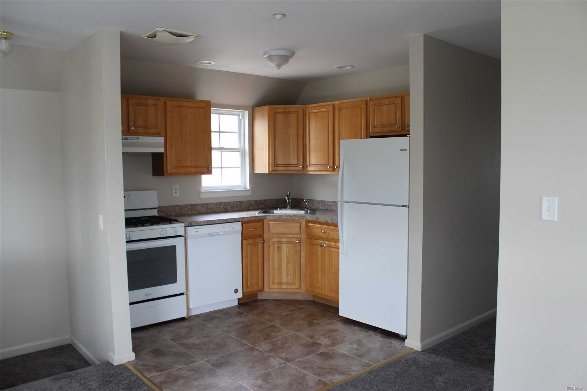 Photo of home for sale at 6206 Burchell Rd, Arverne NY