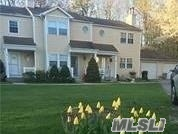 Photo of home for sale at 18 Chase Commons, Yaphank NY