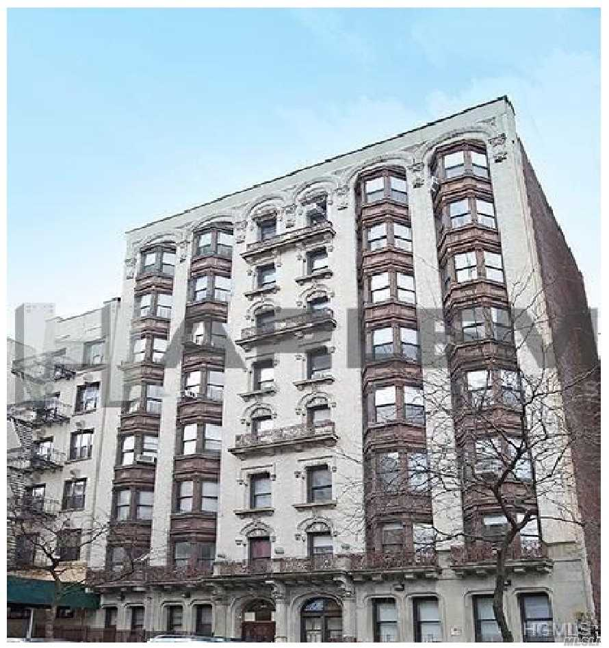 Photo of home for sale at 544 West 157 Street, Manhattan NY