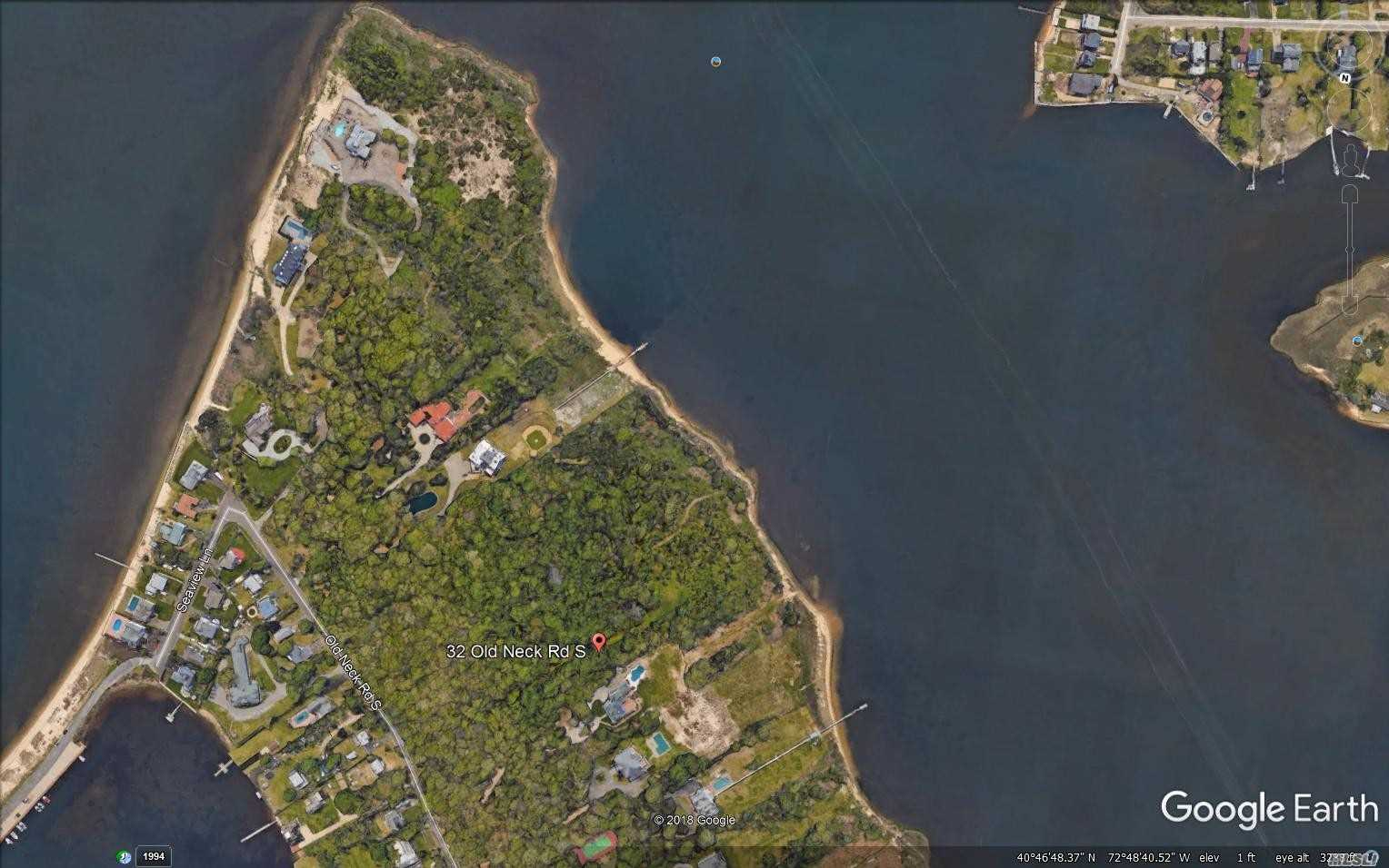 Photo of home for sale at 32 Old Neck Rd. S, Center Moriches NY