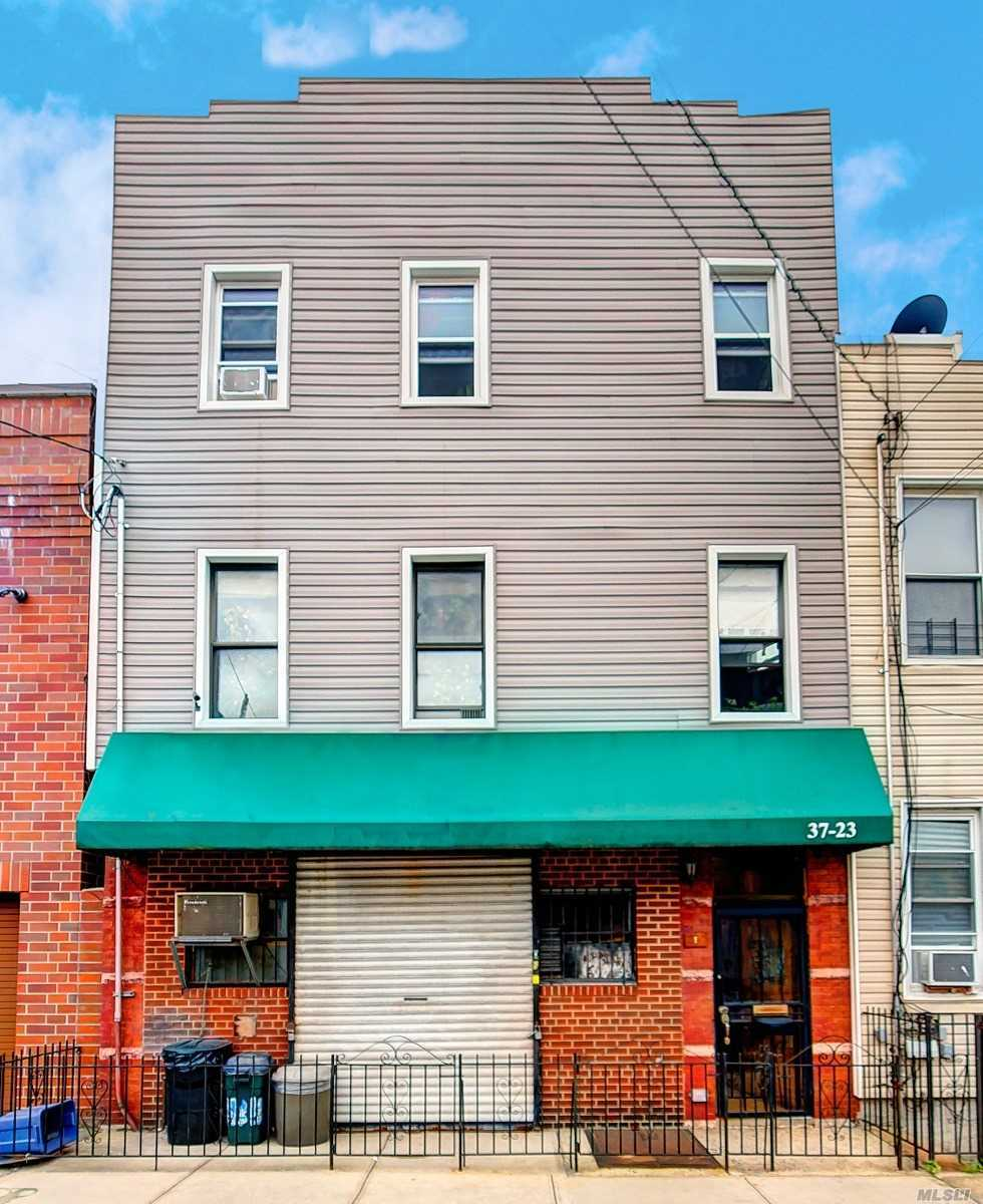 Photo of home for sale at 37-23 11Th St, Long Island City NY