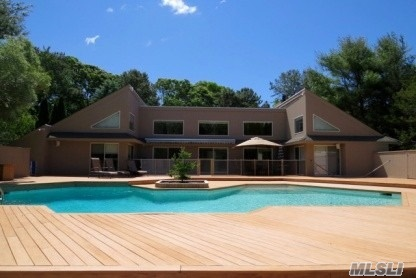 Photo of home for sale at 12 Fiddler Crab Trl, Westhampton NY