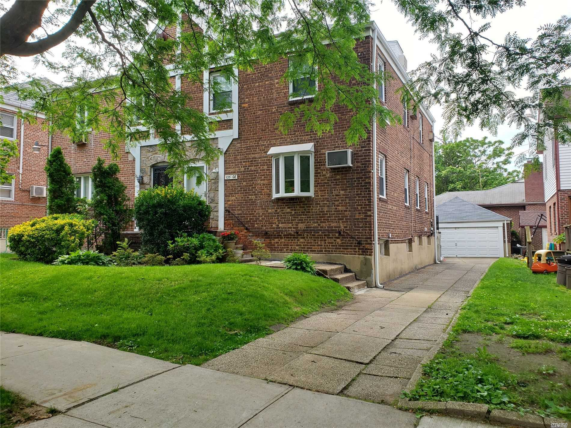 Photo of home for sale at 135-08 72nd Ave, Kew Garden Hills NY