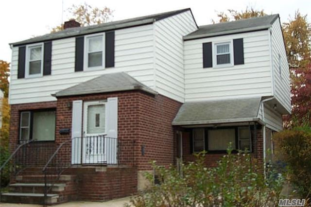Photo of home for sale at 15 Cerenzia Blvd, Elmont NY