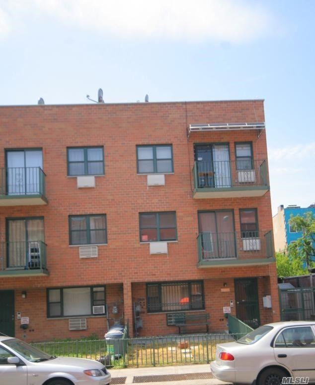 Photo of home for sale at 34-24/26 10th St, Long Island City NY