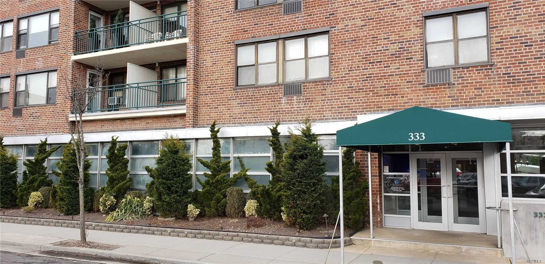 Property for sale at 333 E Broadway Unit 2C, Long Beach,  New York 11561