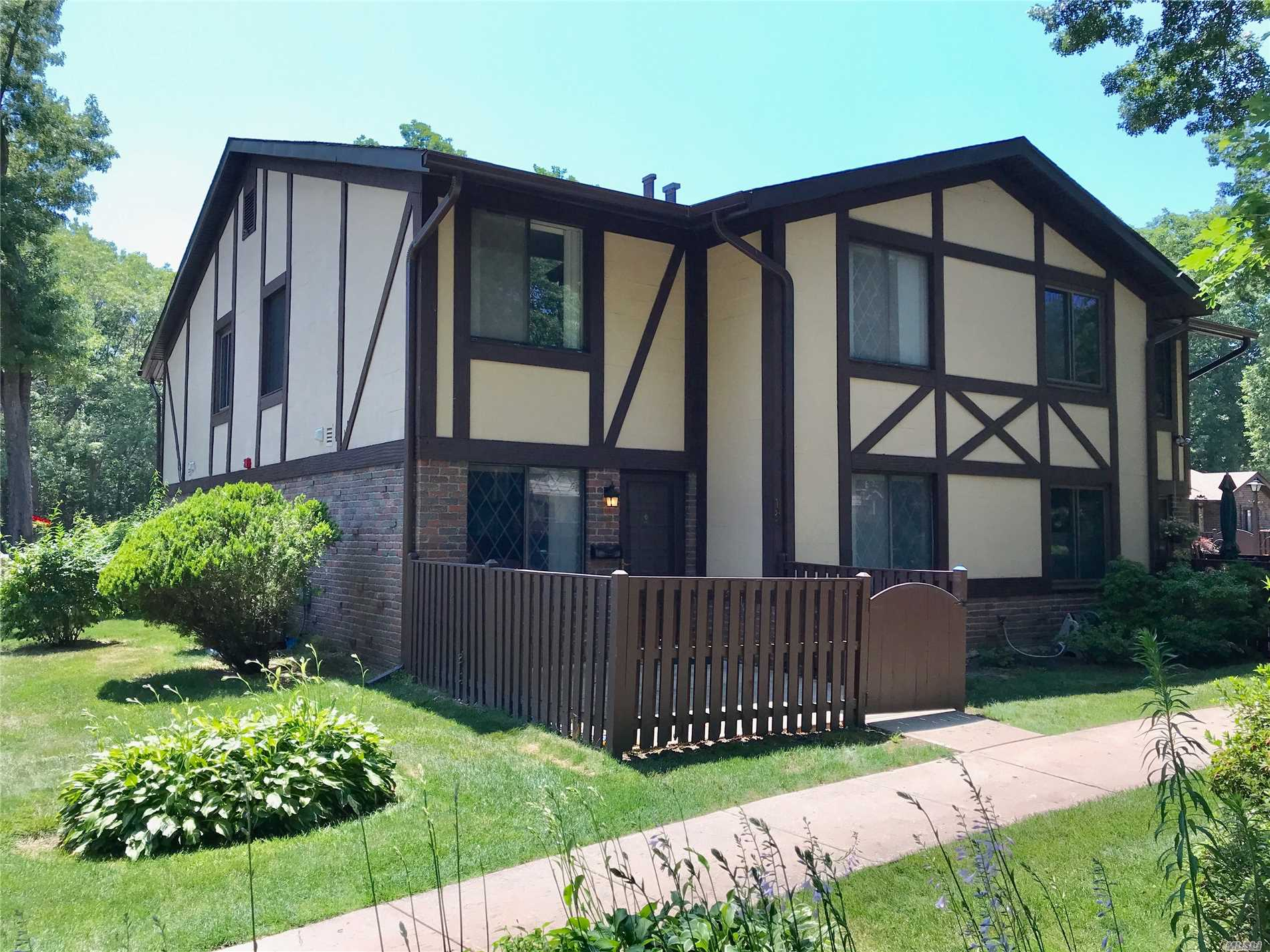 Property for sale at 188 Cambridge Dr, Pt.Jefferson Sta,  NY 11776