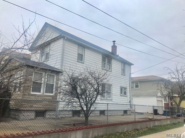 Photo of home for sale at 126-15 172nd St, Jamaica NY