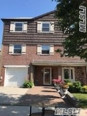 Photo of home for sale at 225-22 59 Ave, Bayside NY