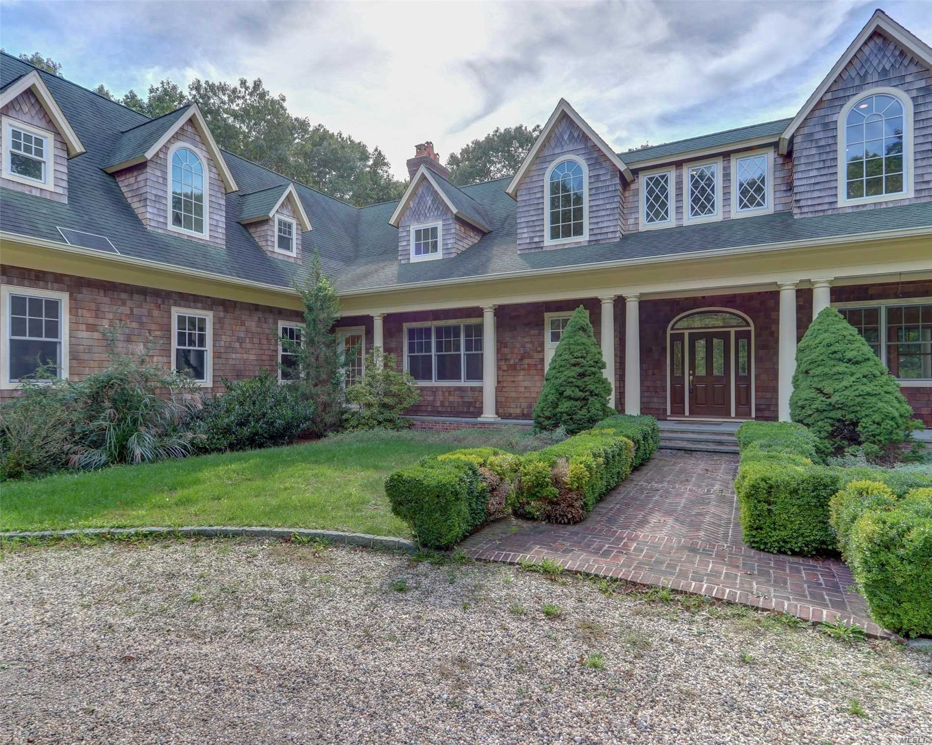 Photo of home for sale at 164B Neck Rd W, Southampton NY