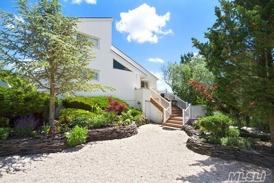 Photo of home for sale at 16 Meadow Lane, Westhampton Bch NY