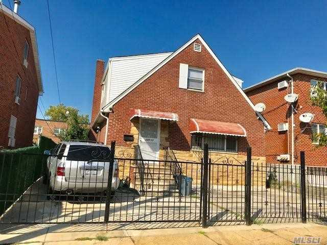 Photo of home for sale at 130-11 58th Ave, Flushing NY