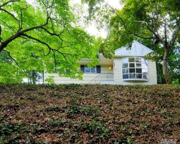 Photo of home for sale at 52 Uranus Rd, Rocky Point NY