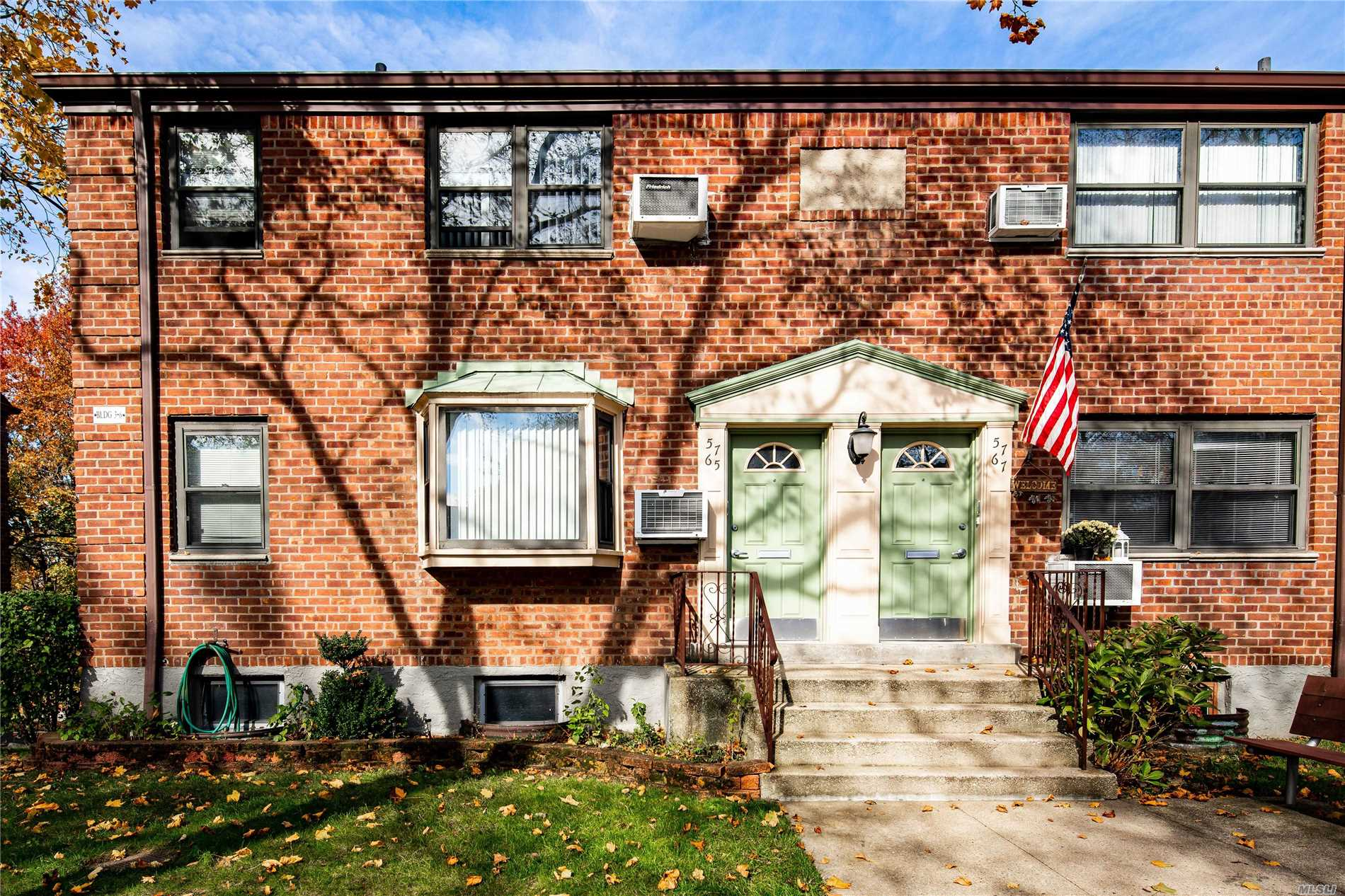 Photo of home for sale at 57-65 246th Cres, Douglaston NY
