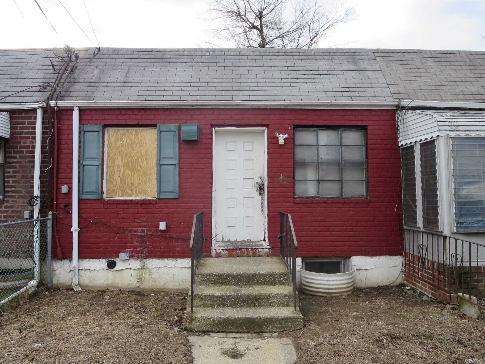 Photo of home for sale at 107-26 Watson Pl, Jamaica NY
