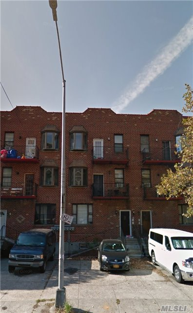 Photo of home for sale at 646 New York Ave, Brooklyn NY