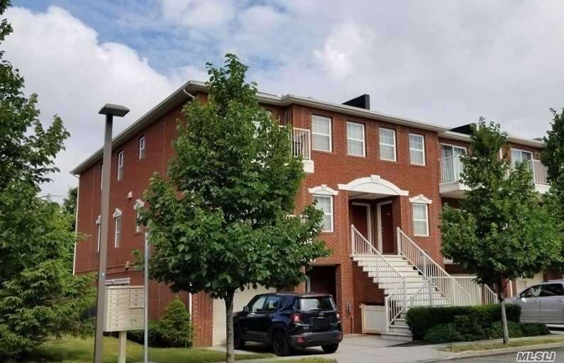 Photo of home for sale at 3-30 Endeavor Pl, College Point NY