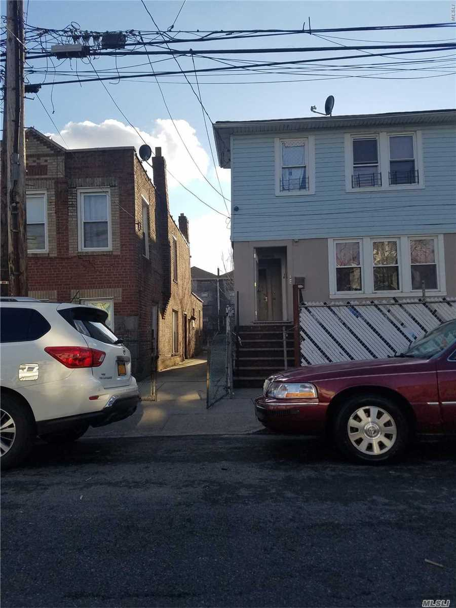 Photo of home for sale at 134th St, South Ozone Park NY