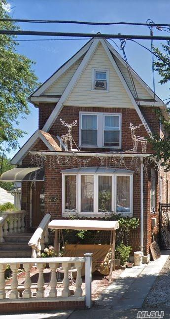 Photo of home for sale at 147-24 109th Ave, Jamaica NY