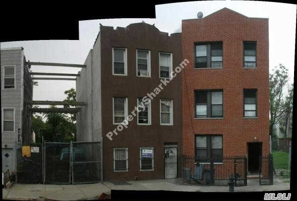 Photo of home for sale at 2272 Atlantic Ave, Brooklyn NY