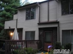 Photo of home for sale at 371 Woodland Ct, Coram NY