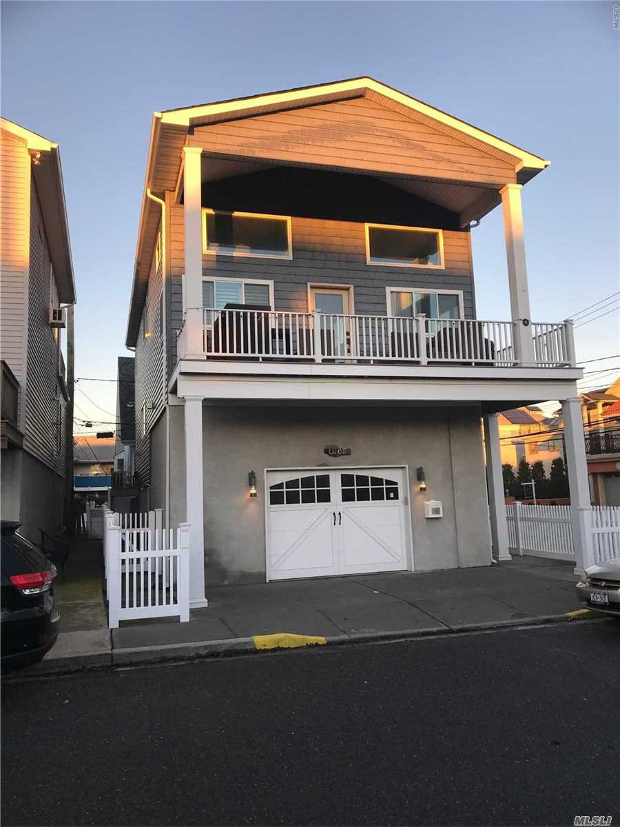 Photo of home for sale at 105 Virginia Ave, Long Beach NY