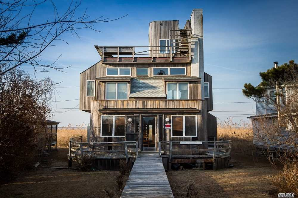 Photo of home for sale at 13 Cottage Walk, Gilgo Beach NY