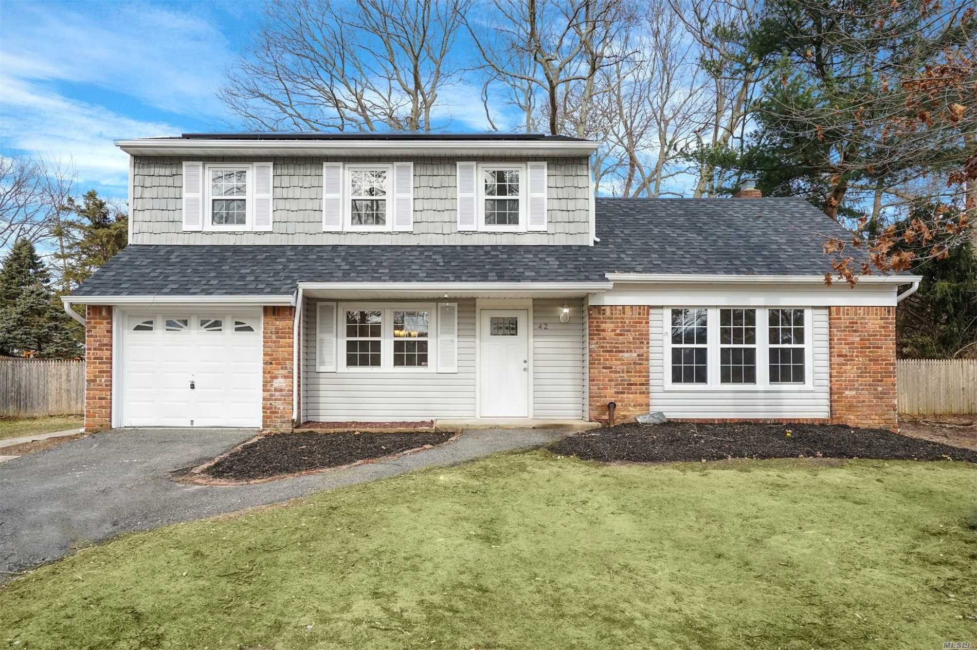 Photo of home for sale at 42 Summercress Ln, Coram NY