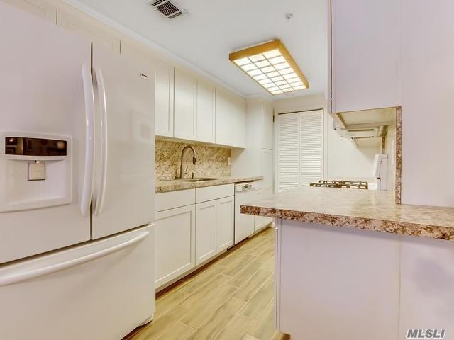 Property for sale at 601 Blue Ridge Dr, Medford,  NY 11763