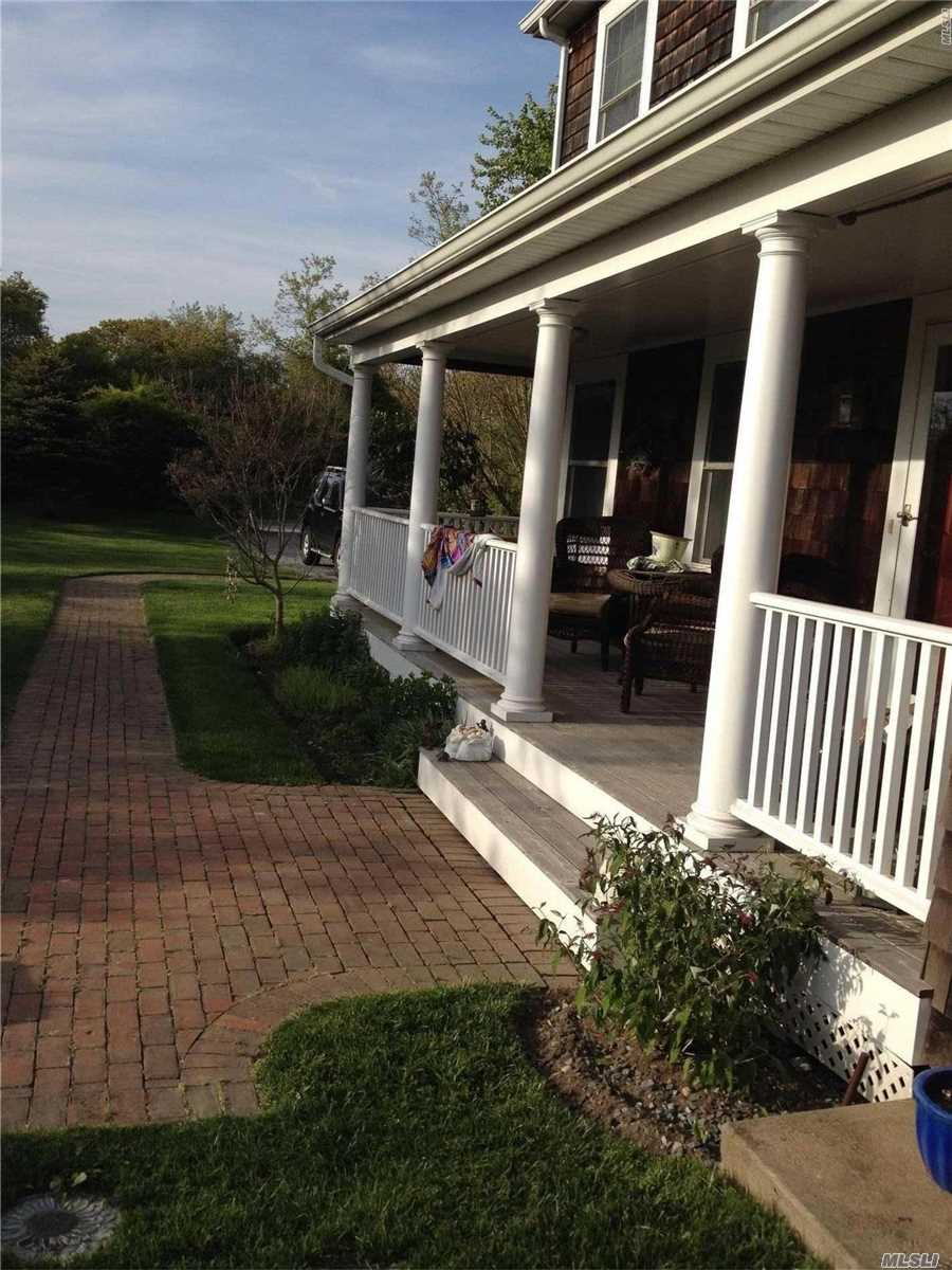 Photo of home for sale at 5 Greenwich St S, Montauk NY