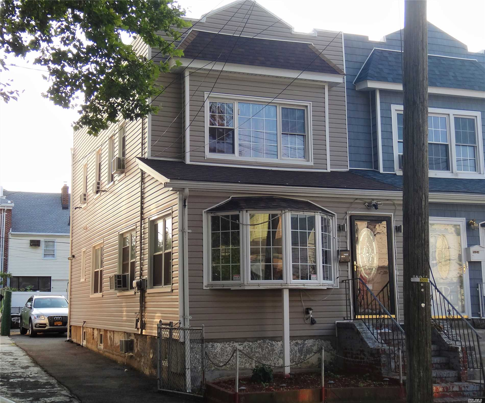 Photo of home for sale at 103-18 126th St, Richmond Hill NY