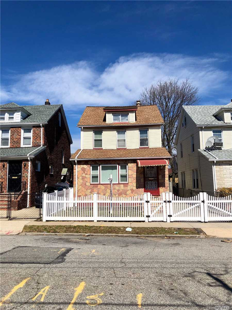 Photo of home for sale at 214-21 113Th Ave, Queens Village NY