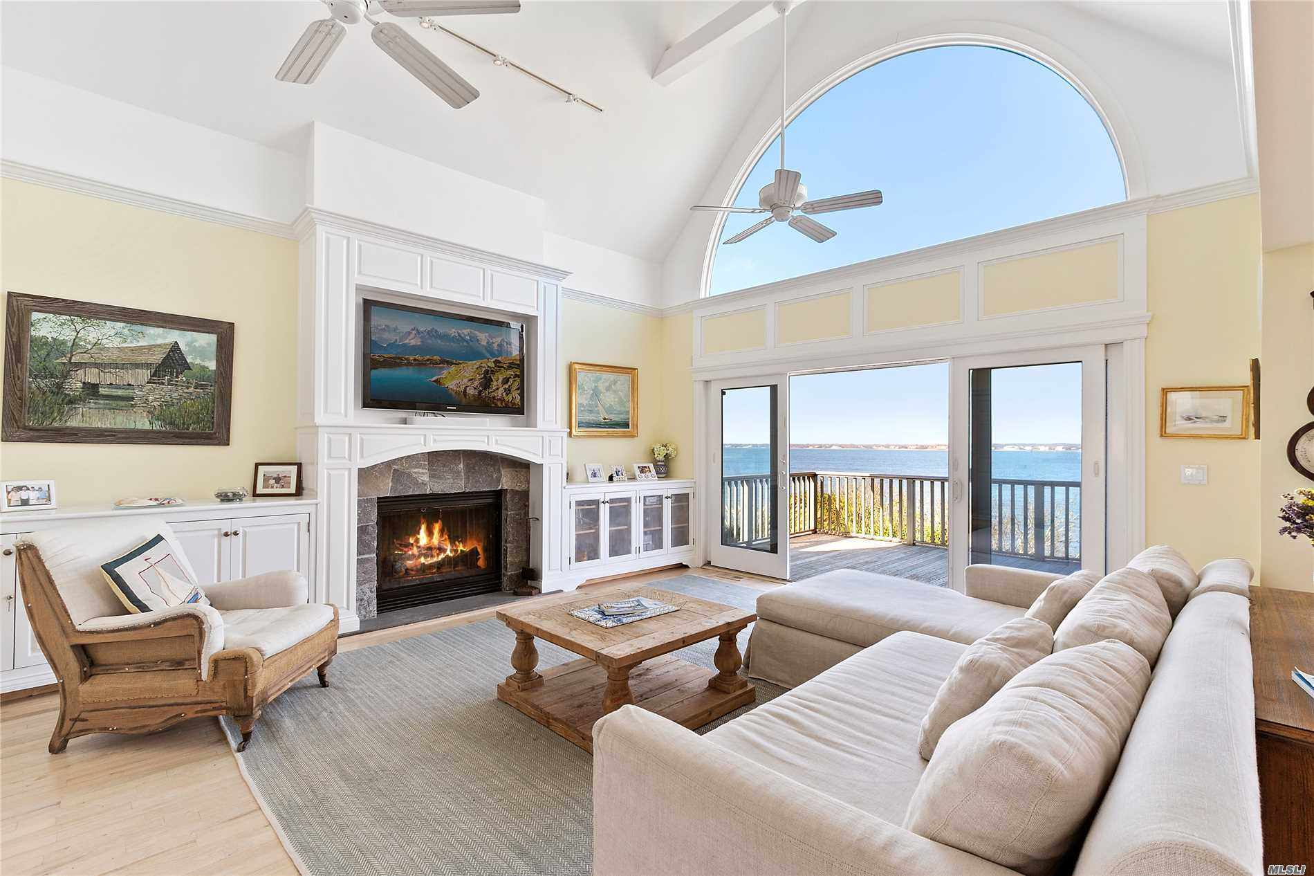 Photo of home for sale at 402 Dune Rd, Westhampton Bch NY