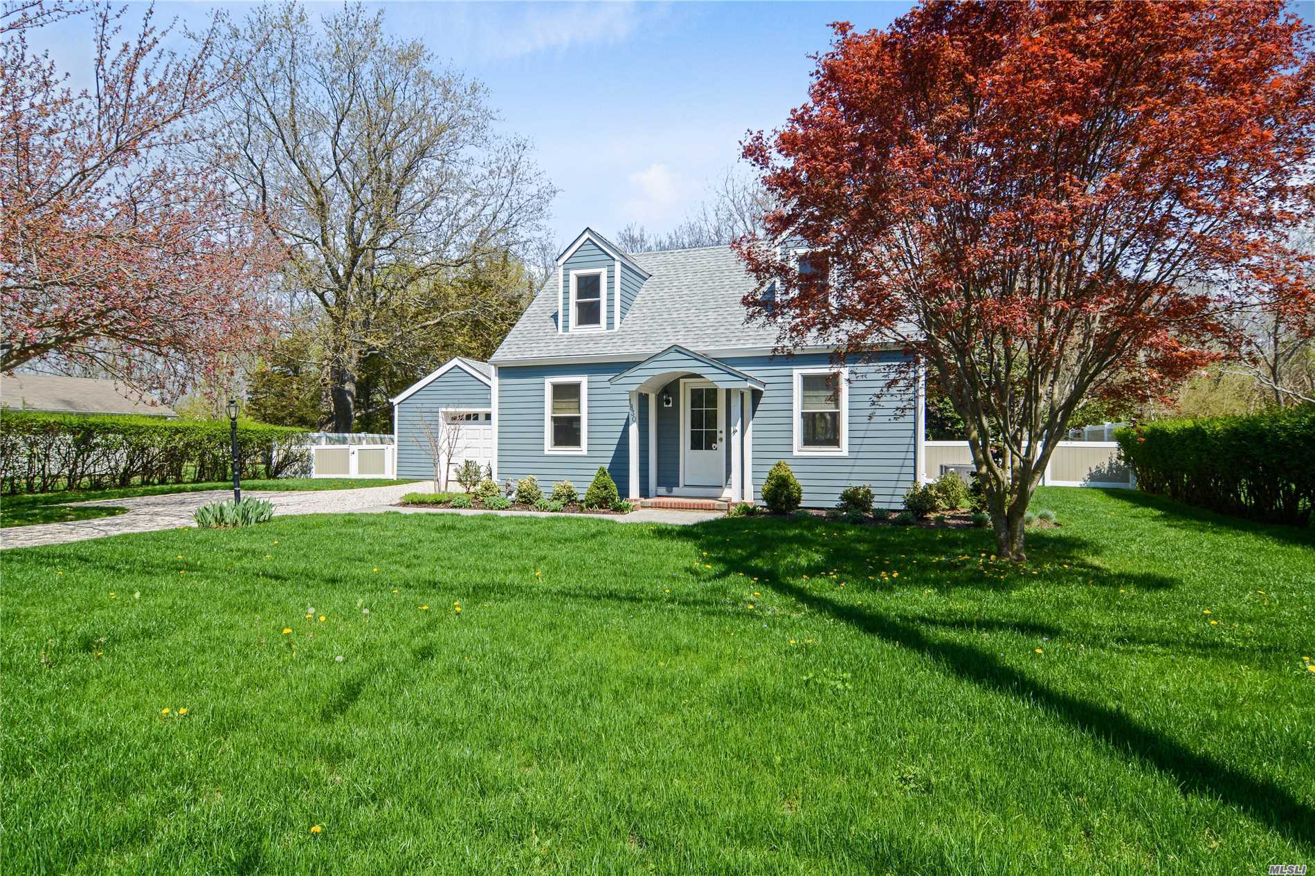 Photo of home for sale at 1830 Boisseau Ave, Southold NY