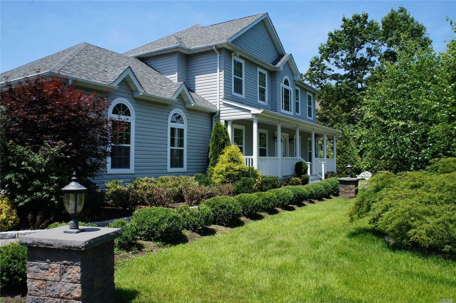 Photo of home for sale at 8 Melissa Path, Center Moriches NY