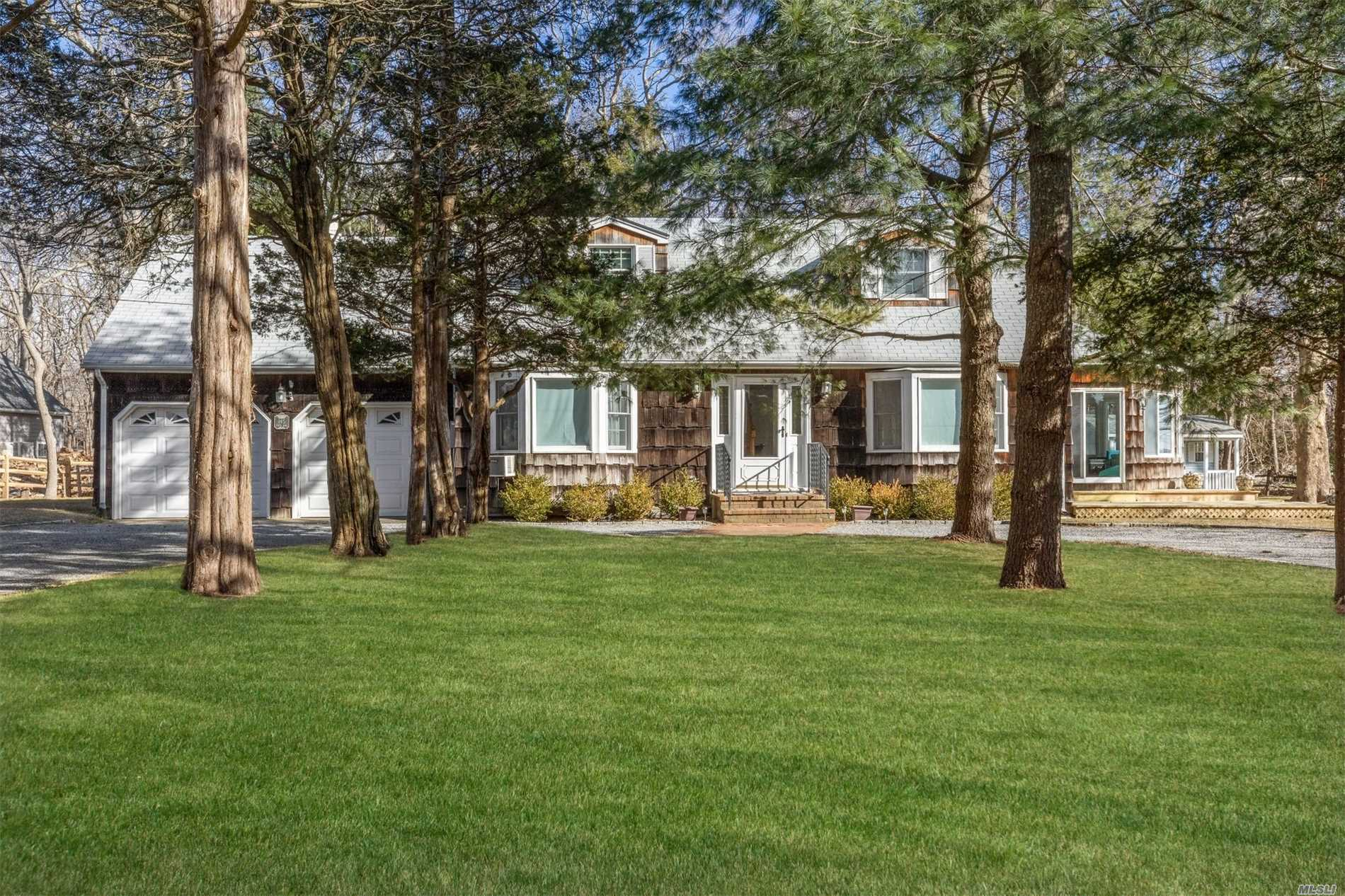 Photo of home for sale at 145 Teepee Trl, Southold NY
