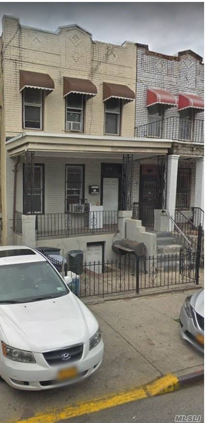 Photo of home for sale at 660 Pennsylvania Ave, Brooklyn NY