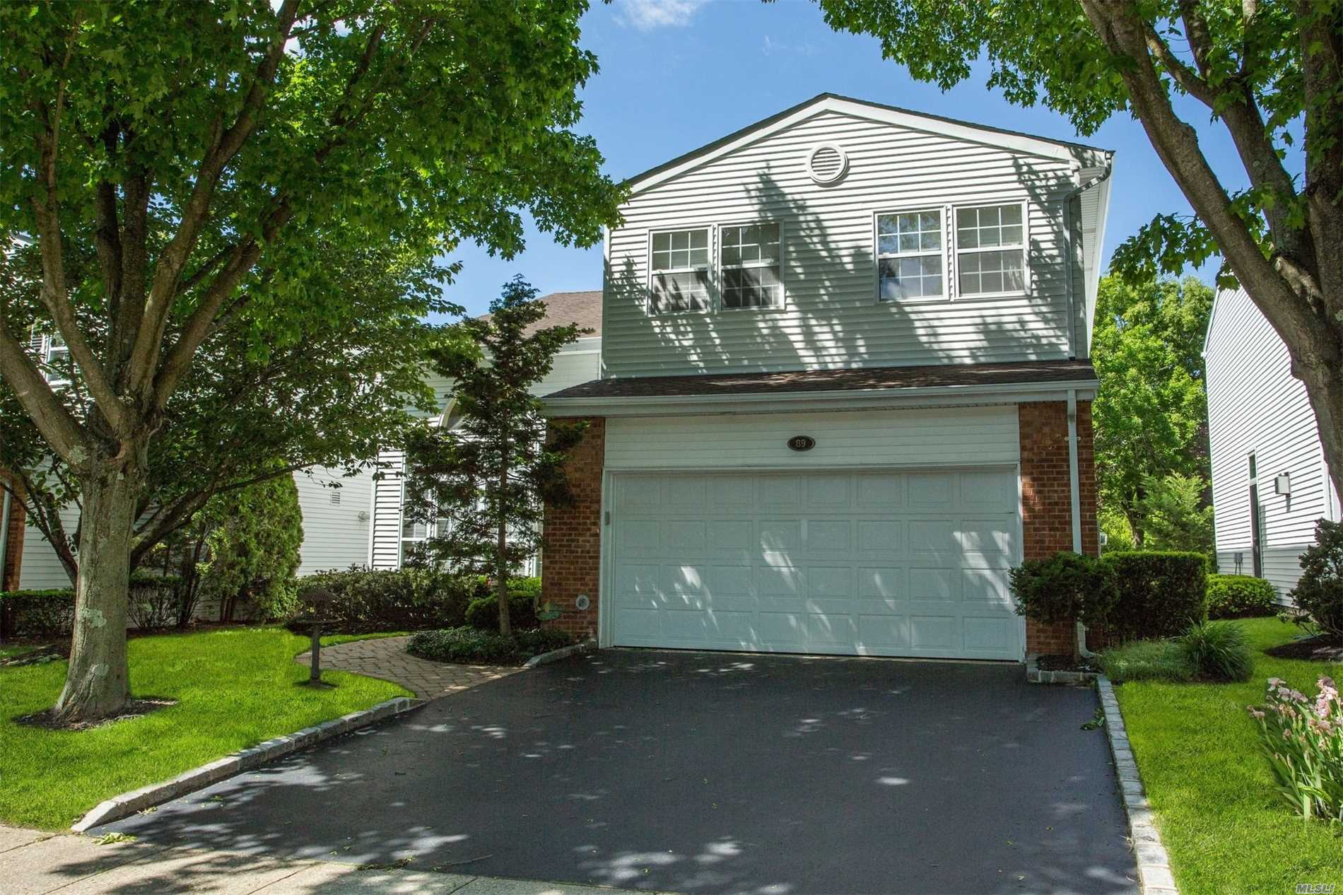 Property for sale at 89 Hamlet Dr, Commack,  New York 11725