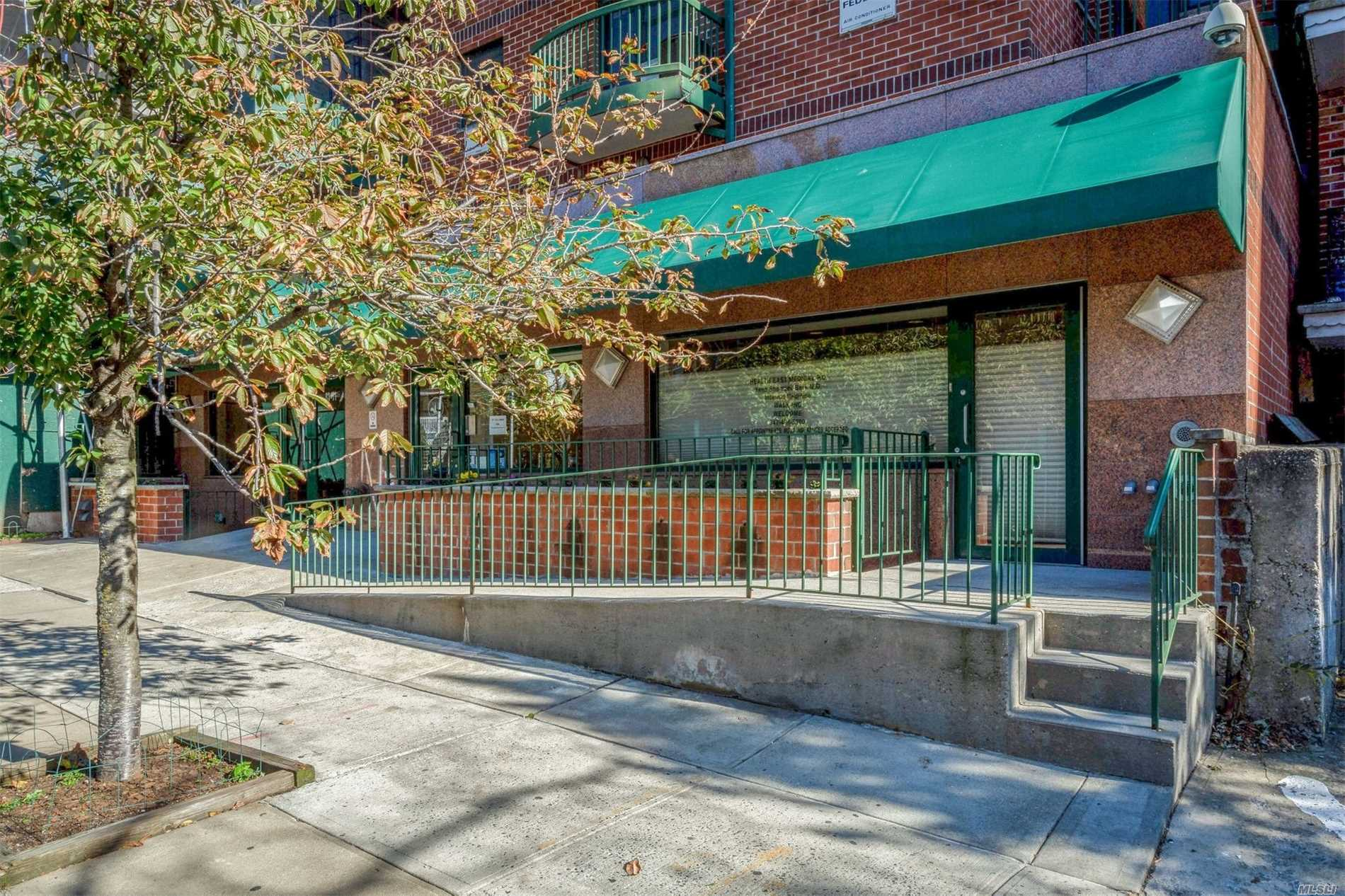 Photo of home for sale at 83-71 116th St, Richmond Hill NY