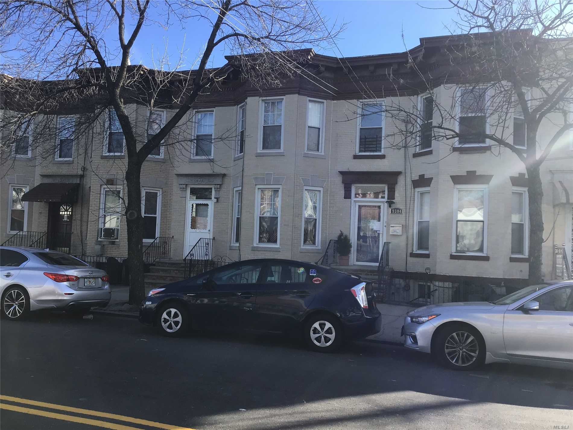 Photo of home for sale at 93-04 103 Ave, Ozone Park NY