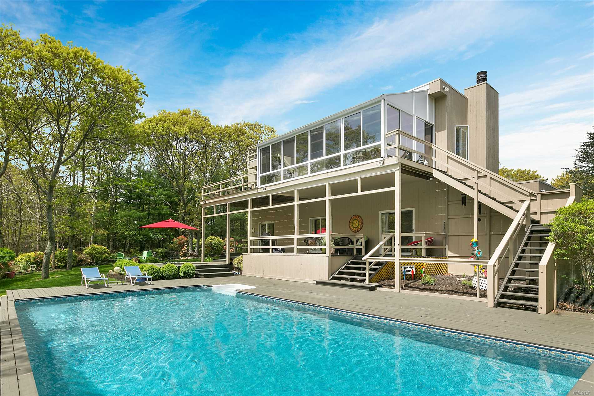 Photo of home for sale at 44 Ancient Hwy, East Hampton NY