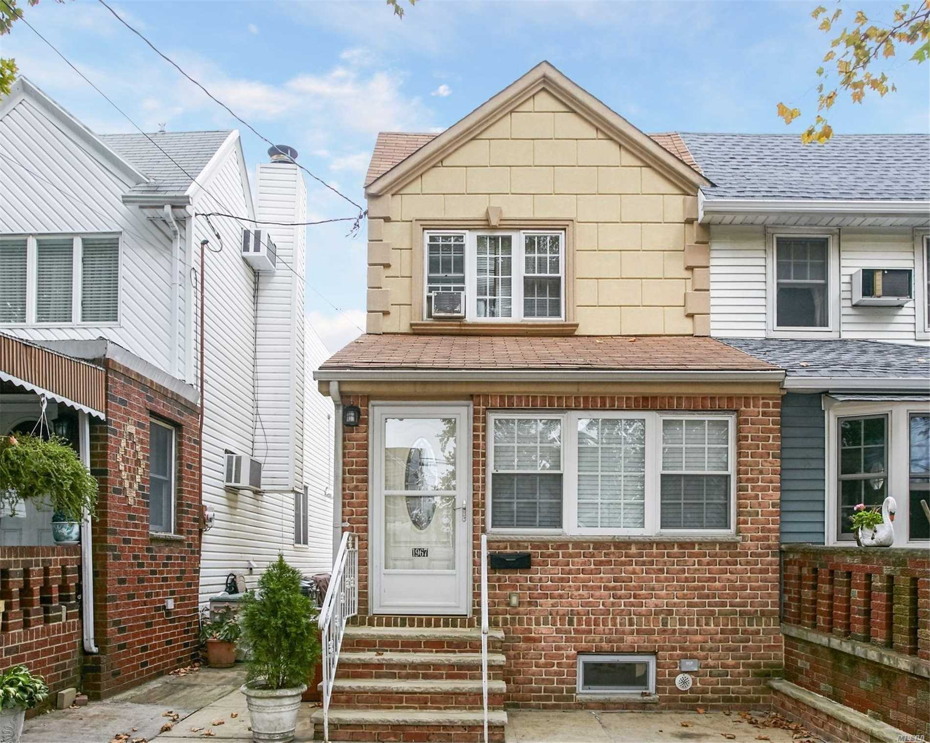 Photo of home for sale at 1967 37th St E, Brooklyn NY