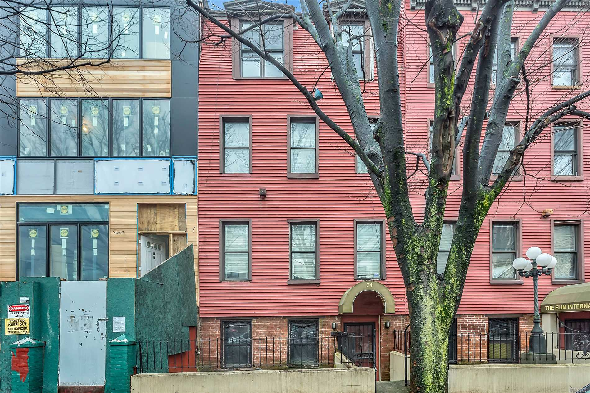 Photo of home for sale at 34 Madison St, Brooklyn NY