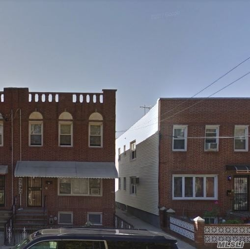 Photo of home for sale at 14-32 30th Ave, Astoria NY