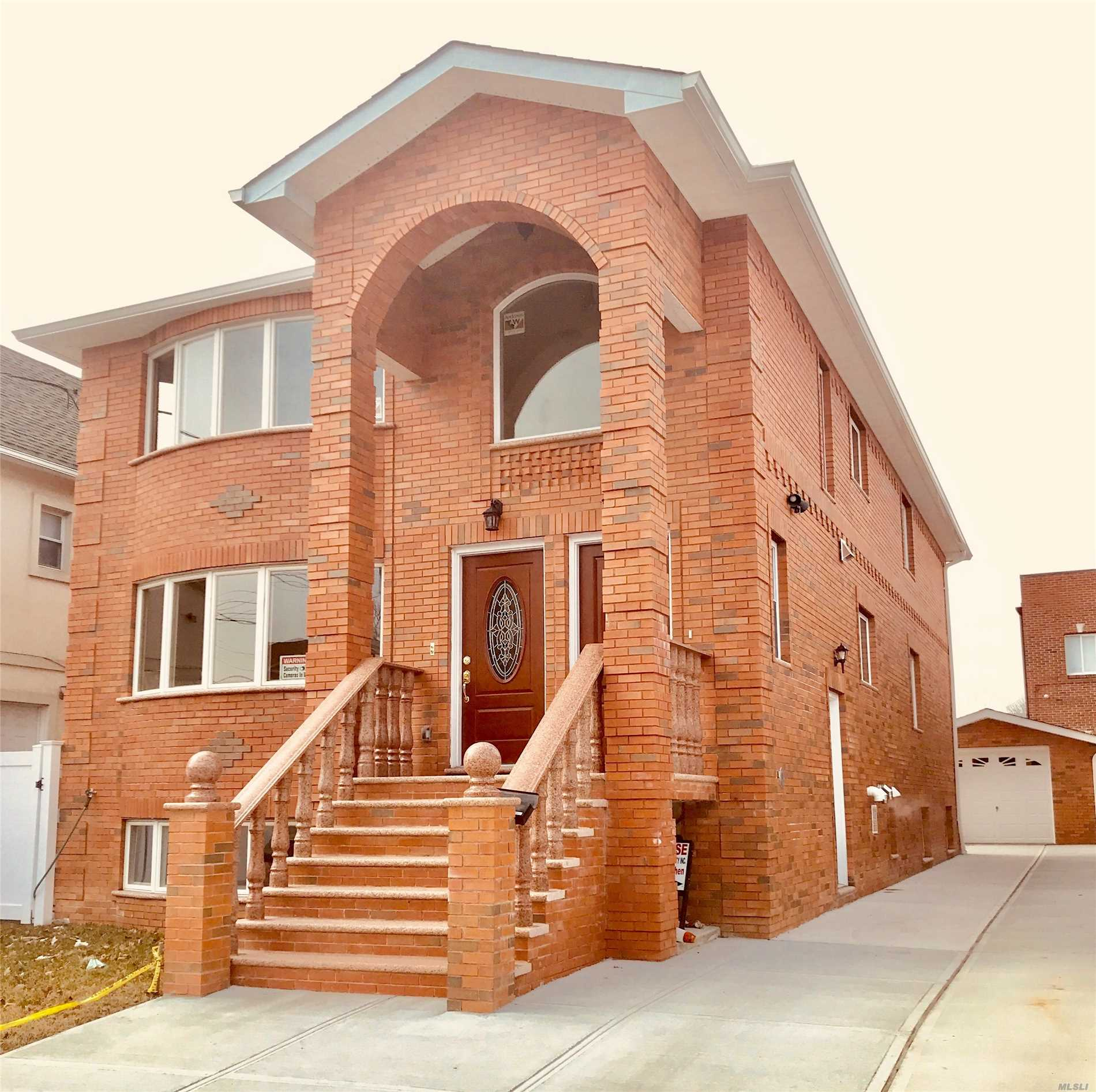 Photo of home for sale at 15-12 149th St, Whitestone NY