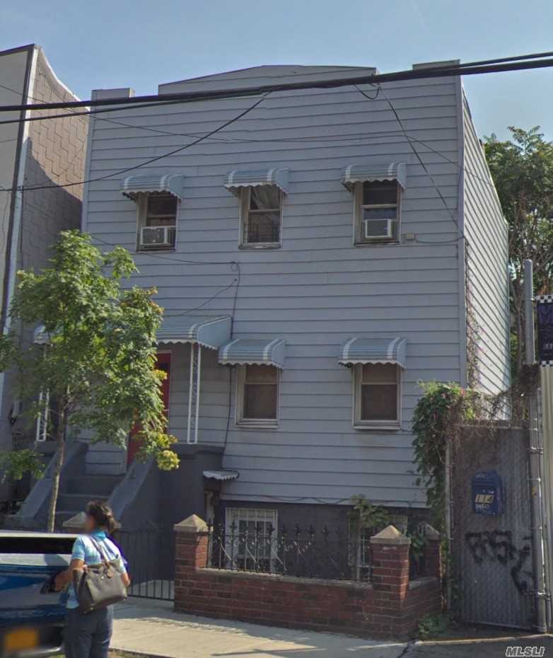 Photo of home for sale at 116 Kingsland Ave, Brooklyn NY
