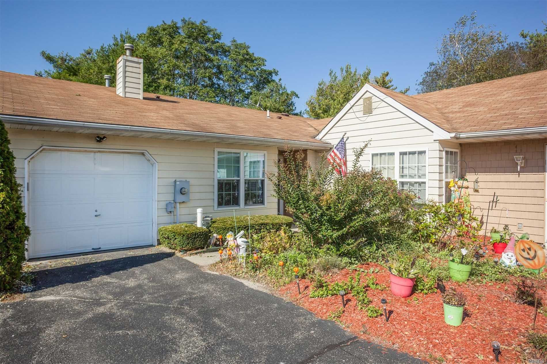 Photo of home for sale at 189 Theodore Dr, Coram NY
