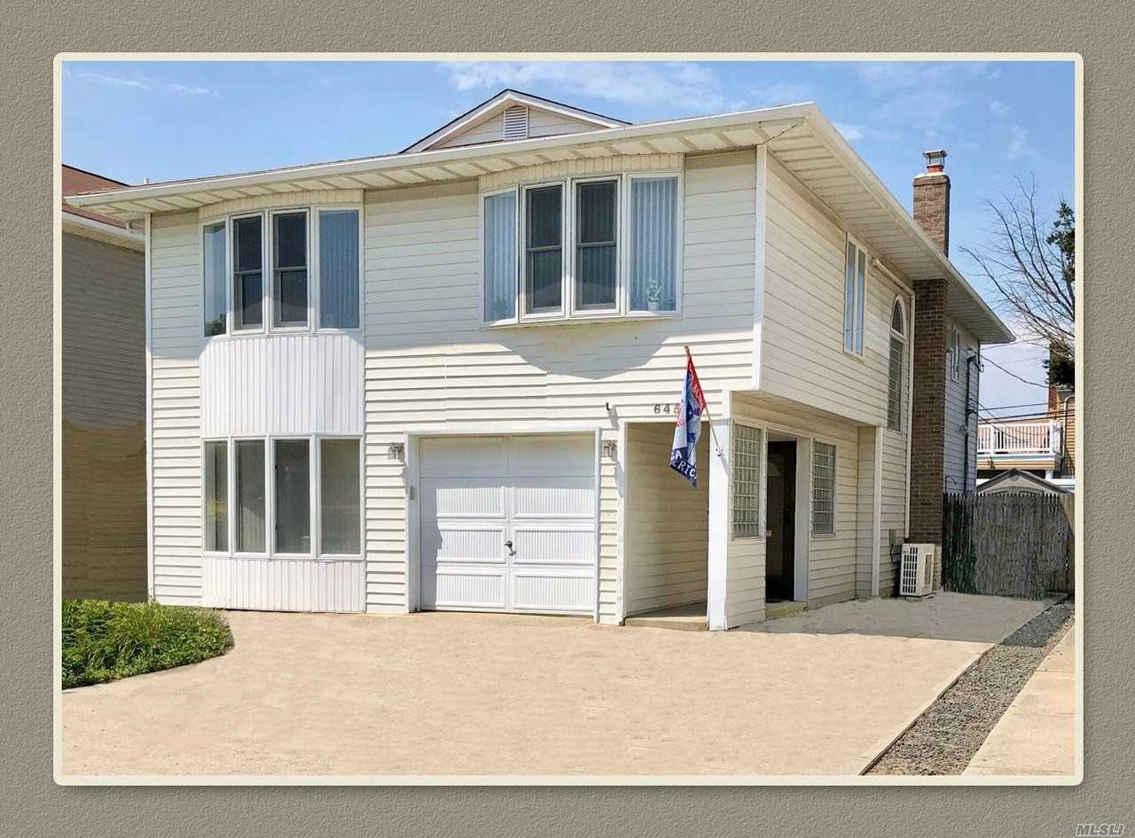 Photo of home for sale at 645 Olive St E, Long Beach NY