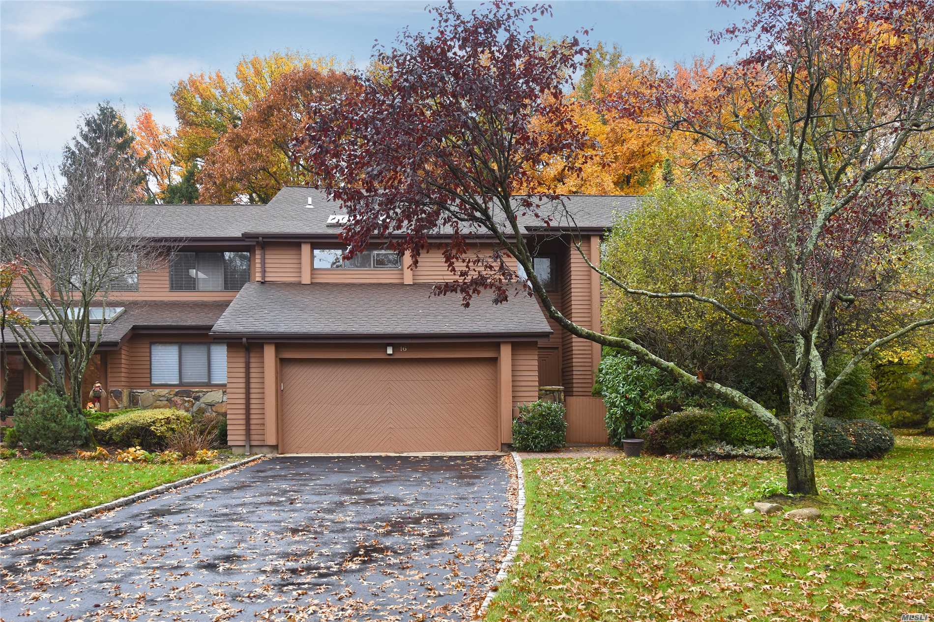 Property for sale at 16 Yale Dr, Manhasset,  NY 11030